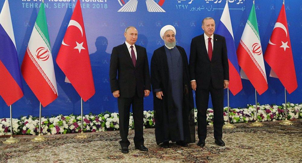 الرئيس الروسي فلاديمير بوتين في زيارة عمل إلى إيران