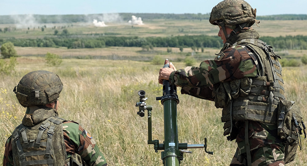 مدافع الهاون الروسية تطلق النار بالتعاون مع الطائرات المسيرة... فيديو
