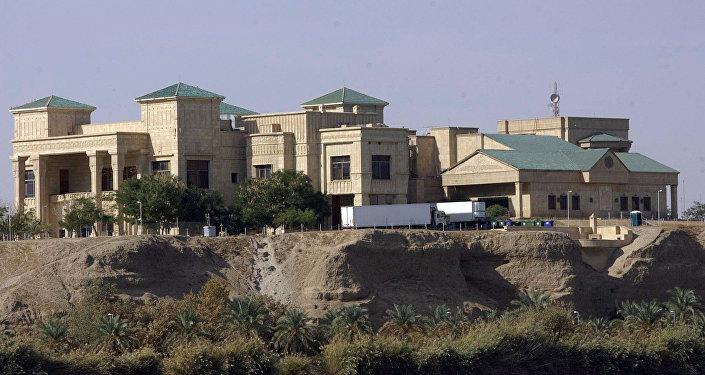 القصر الرئاسي في تكريت، الذي أمر صدام حسين ببنائه لأمه في عام 1991