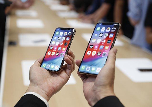 هاتفي آيفون إكس إس وآيفون إكس إس ماكس