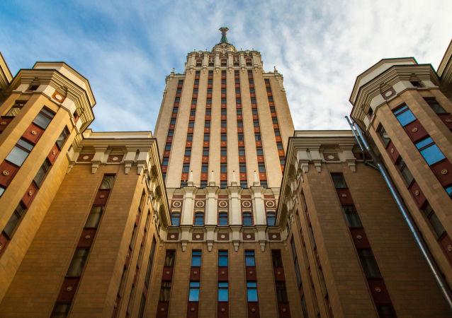 فندق هيلتون لينيغرادسكايا في موسكو