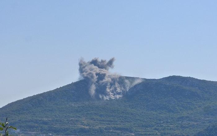 المدفعية السورية تدمر مرابض إطلاق الصواريخ بريف اللاذقية... فيديو