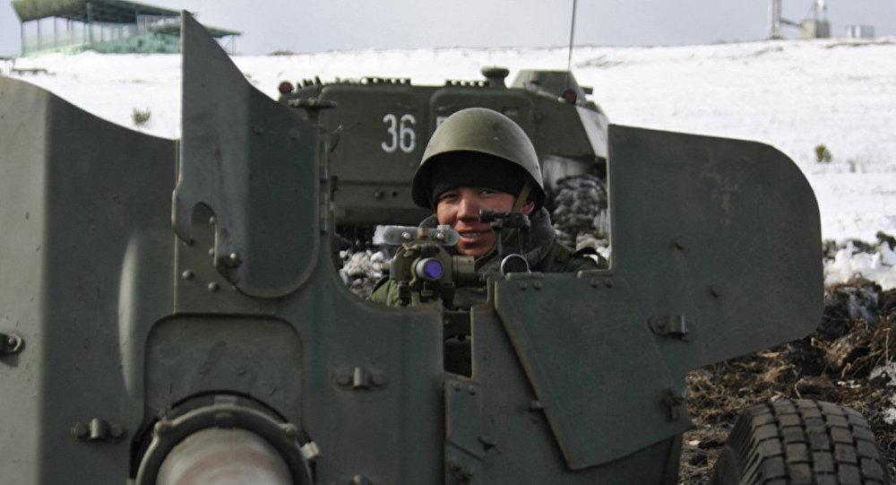 مدفع إم تي-12 رابيرا