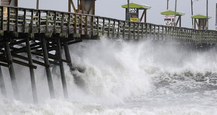 الإعصار فلورنس