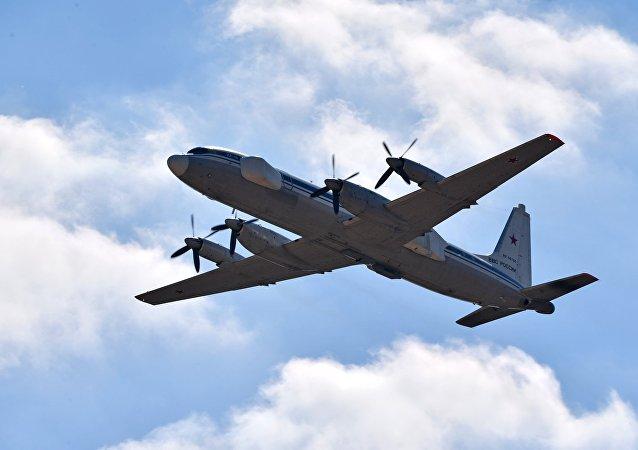 طائرة الإعاقة التشويشية إيل-22
