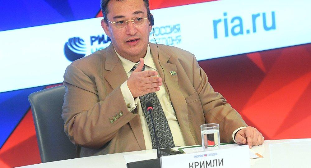 السفير السعودي لدى موسكو رائد قرملي