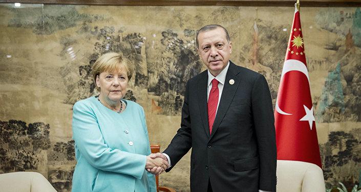 المستشارة الألمانية والرئيس التركي رجب طيب أردوغان