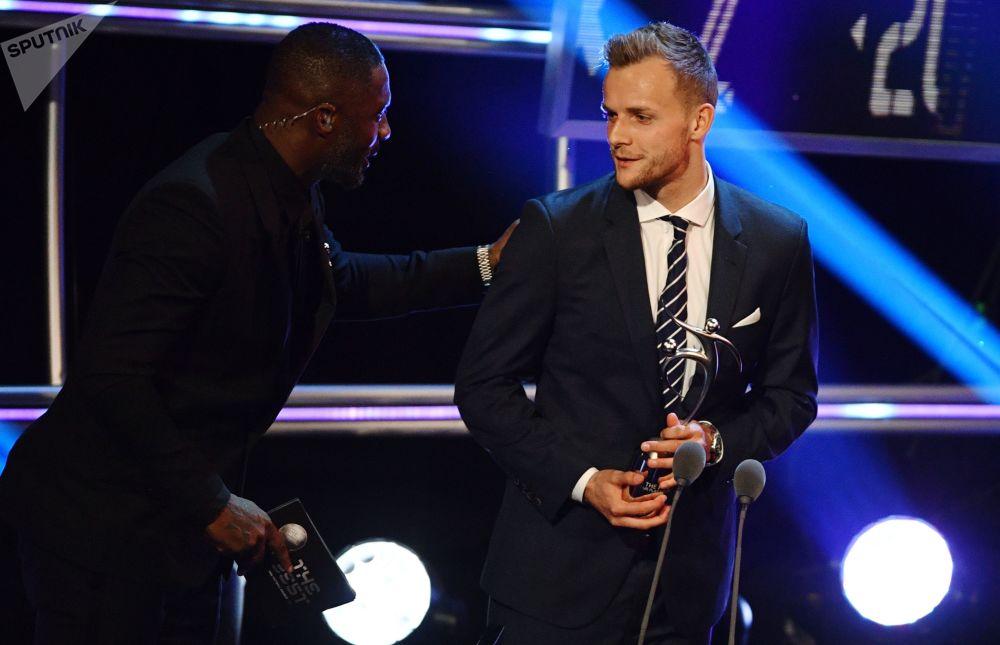 اللاعب الألماني لينارت تي يفوز بجائزة اللعب النظيف، مراسم توزيع أفضل جوائز الفيفا لعام 2018