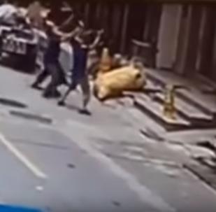 سقوط طفلة