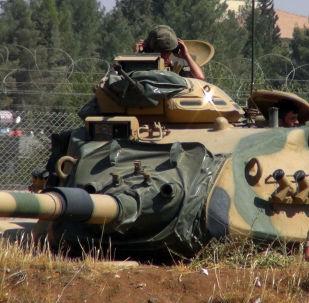 دبابة الجيش التركي عند الحدود السورية (صورة ارشيفية)