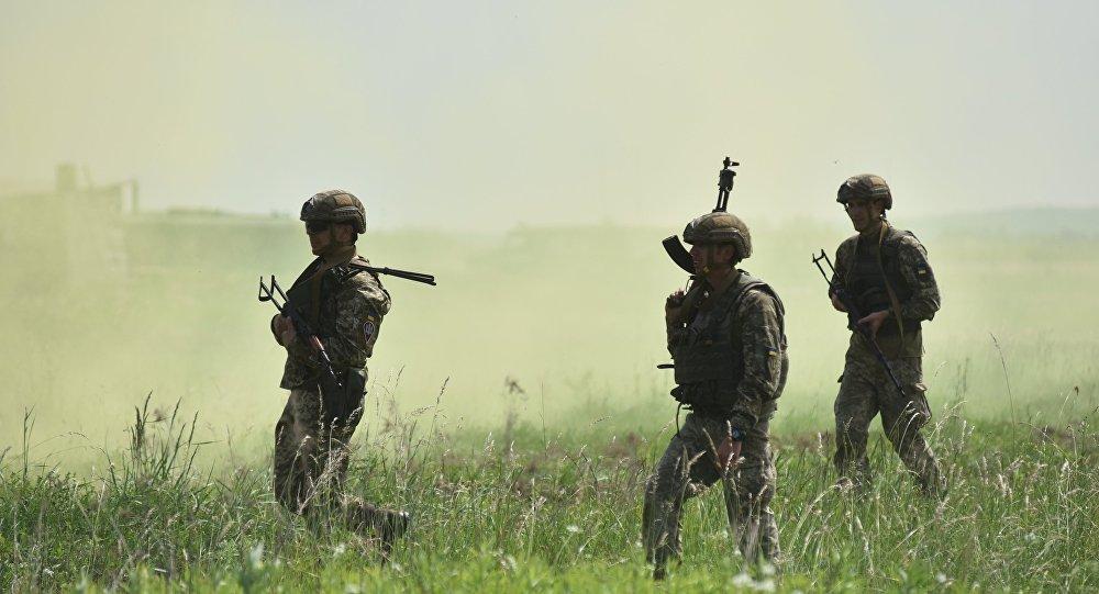 تدريب القوات الأوكرانية