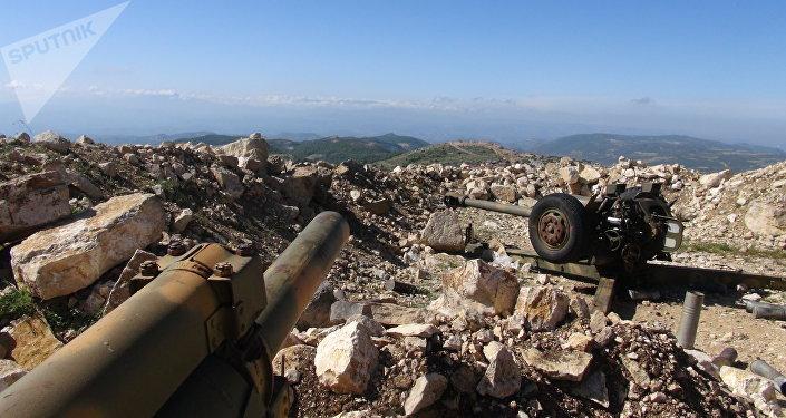 الجيش السوري يتعامل مع خروقات النصرة بريف اللاذقية بالأسلحة الثقيلة
