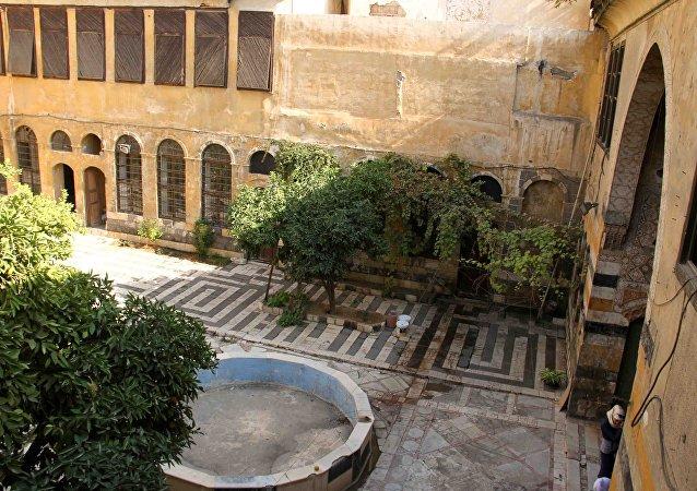 أول قصر جمهوري في سوريا...بيت العابد تحفة معمارية تحولت إلى خرابة