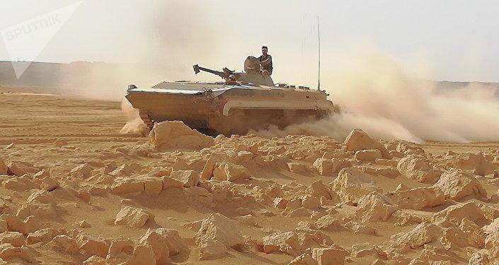 مئات الأمتار تفصل الجيش السوري عن السيطرة النارية على كامل تلول الصفا