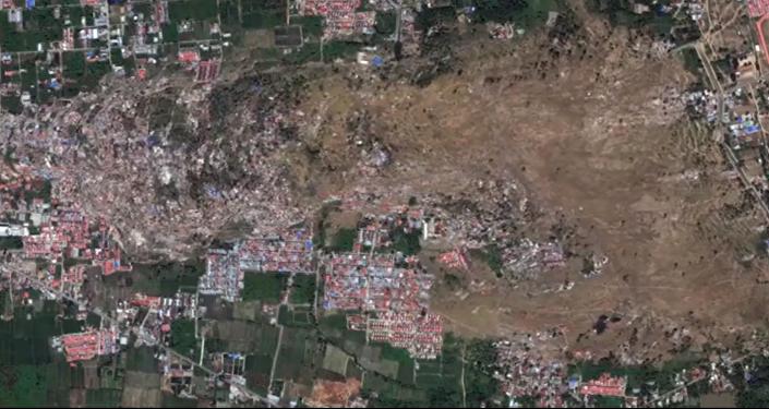 قمر صناعي يلتقط لحظة تدمير زلزال لمنطقتين في أندونيسيا