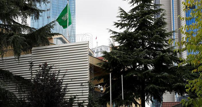 كاميرات الأمن عند مدخل القنصلية السعودية في إسطنبول