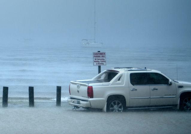 تداعيات إعصار مايكل في سيتي بيتش، فلوريدا، الولايات المتحدة 10 أكتوبر/ تشرين الأول 2018