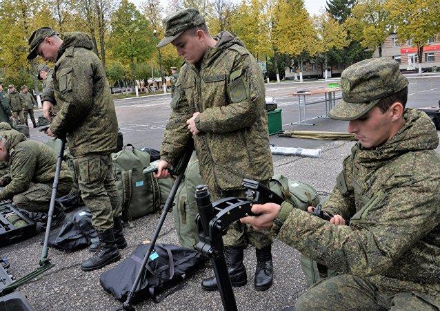 مهندسون عسكريون روس يستعدون للسفر إلى لاوس