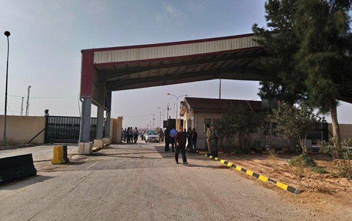 الأردن-يسمح-للشاحنات-السورية-بالعودة-من-مصر-عبر-أراضيه