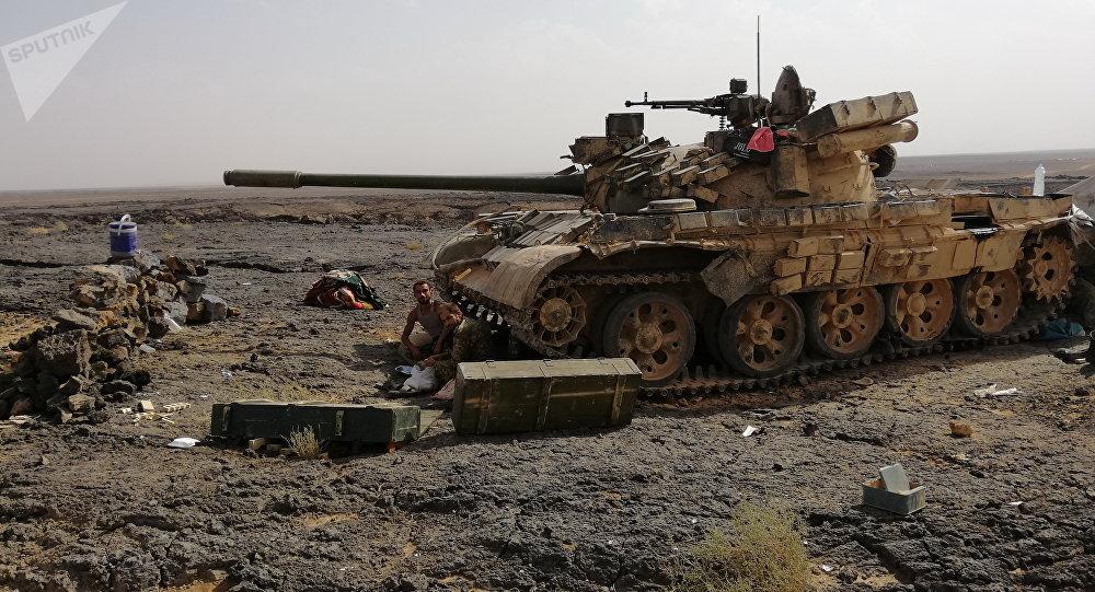 قصف عنيف على مواقع داعش ببادية السويداء بعد انهيار اتفاق لاستسلام التنظيم