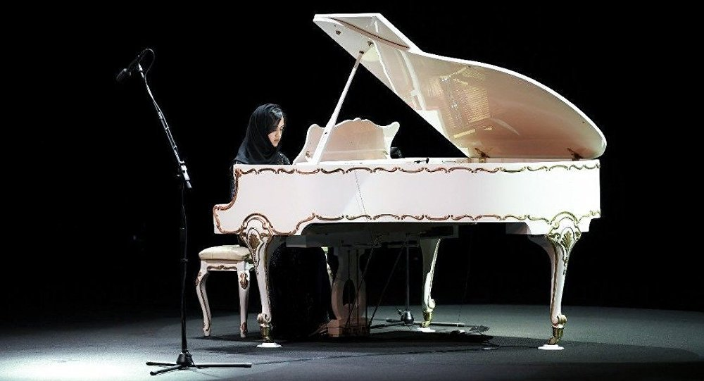 عازفة سعودية لـسبوتنيك: الآن وقت الفتاة السعودية لإثبات نفسها