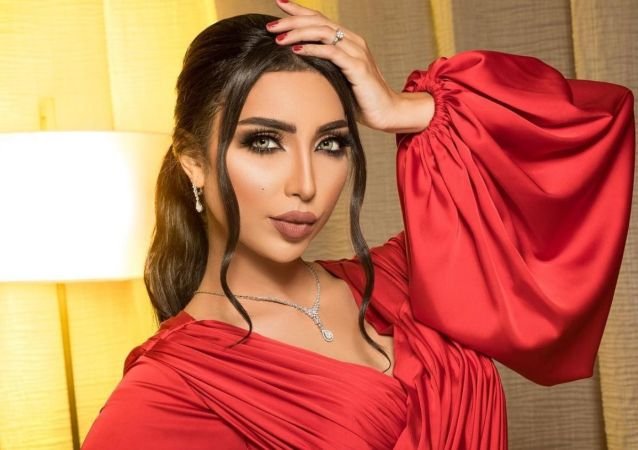 المغنية المغربية دنيا بطمة