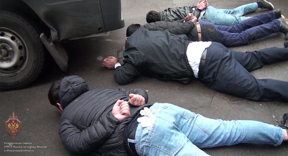 الأمن الروسي يقبض على 6 عناصر لـداعش خططوا لعمليات إرهابية في موسكو