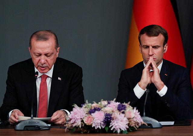 أردوغان في كلمته خلال المؤتمر الصحفي عقب انتهاء قمة إسطنبول الرباعية
