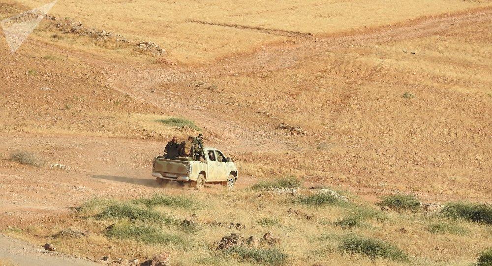 النصرة تسلم داعش عبوتي كيماوي إضافيتين شمالي حماة