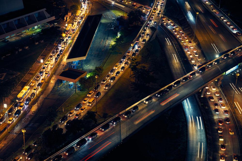 ازدحام السيارات في مدينة بنما سيتي، الولايات المتحدة الأمريكية