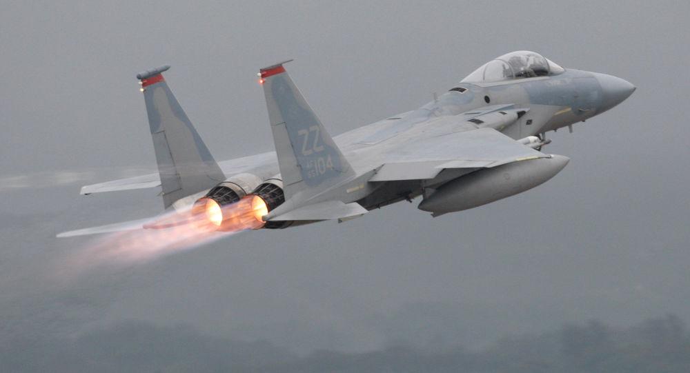 """أمريكا تحضر مقاتلات """"إف 15 إي إكس"""" لمعاركها المقبلة"""