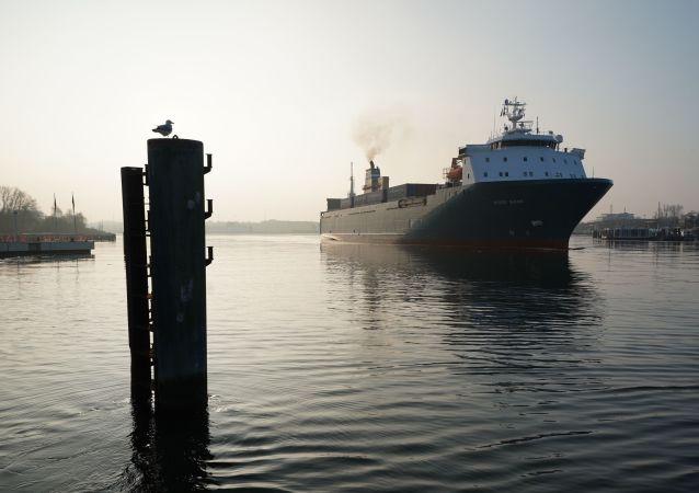 سفينة في بحر البلطيق