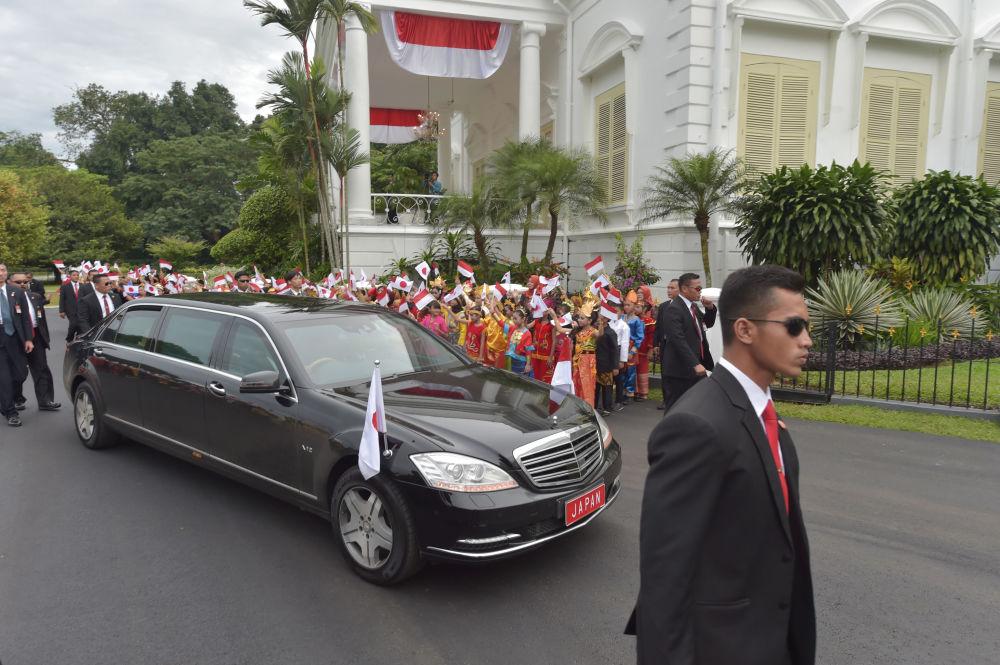 سيارة رئيس الوزراء الياباني شينزو آبي