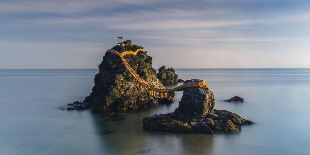 صورة بعنوان صخور ويديد (الصخور المتزوجة)، للمصورة أناستاسيا ولمينغتون، الفائزة في المسابقة بجائزة كارولين ميتشام
