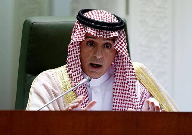 وزير الخارجية السعودي عادل الجبير يتحدث خلال مؤتمر صحفي في وزارة الخارجية في الرياض