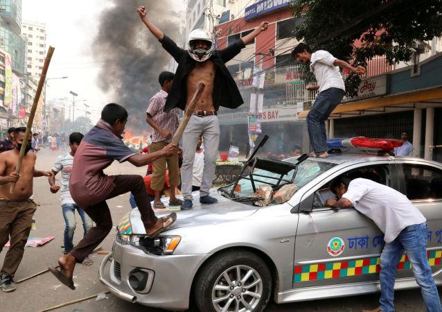 نشطاء الحركة الوطنية في مدينة داكه، بنغلاديش 14 نوفمبر/ تشرين الثاني 2018
