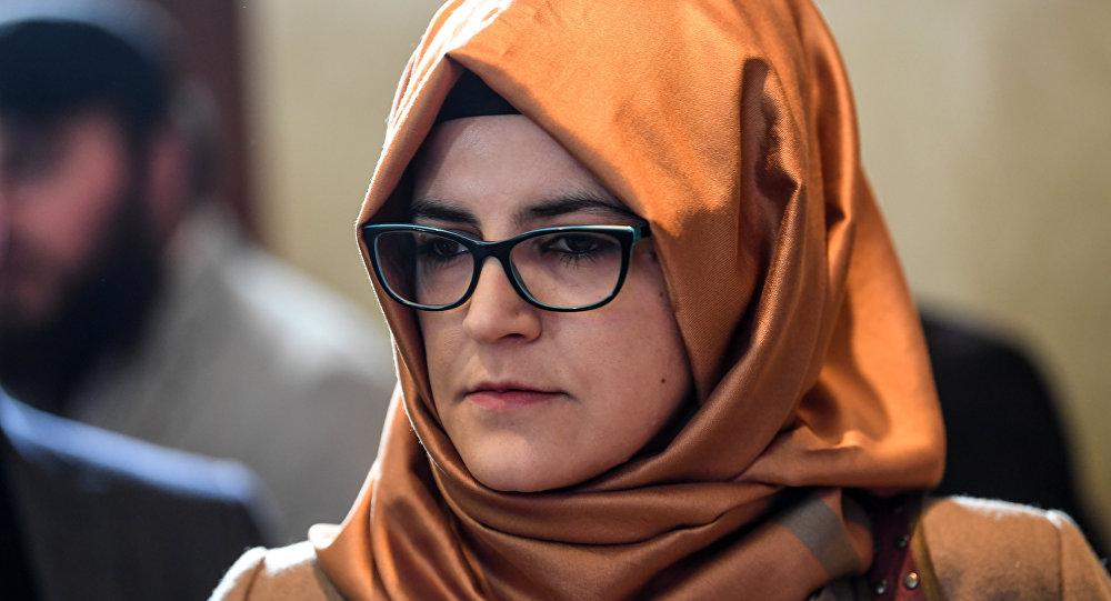 خديجة جنكيز، خطيبة الصحفي السعودي جمال خاشقجي، خلال حفل لتكريم الصحفي خاشقجي، 11 نوفمبر /تشرين الثاني 2018