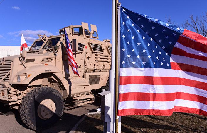 معدات عسكرية أمريكية