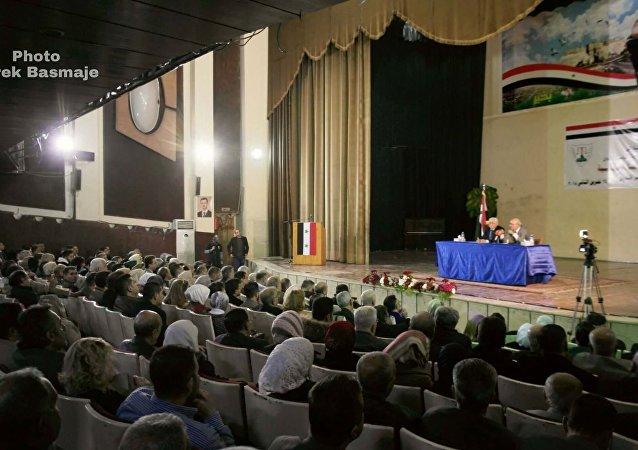 محاضرة للكاتب اللبناني ناصر قنديل في حلب