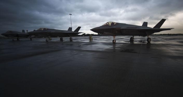 """وسائل إعلام: بولندا تخشى وضع طائرة """"إف-35"""" عند الحدود الروسية"""