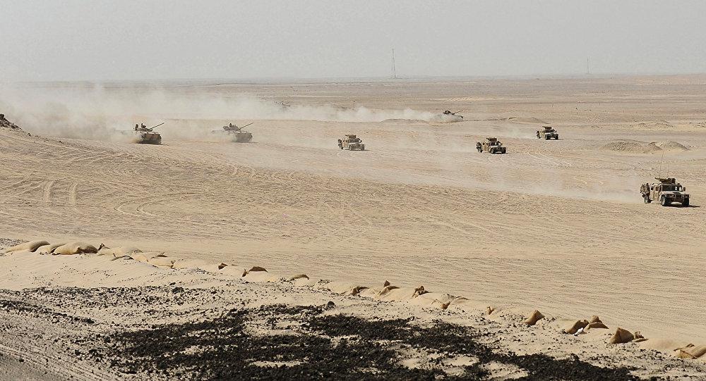 الجيش الإماراتي - المناورات المشتركة مع القوات الفرنسية في صحراء أبو ظبي