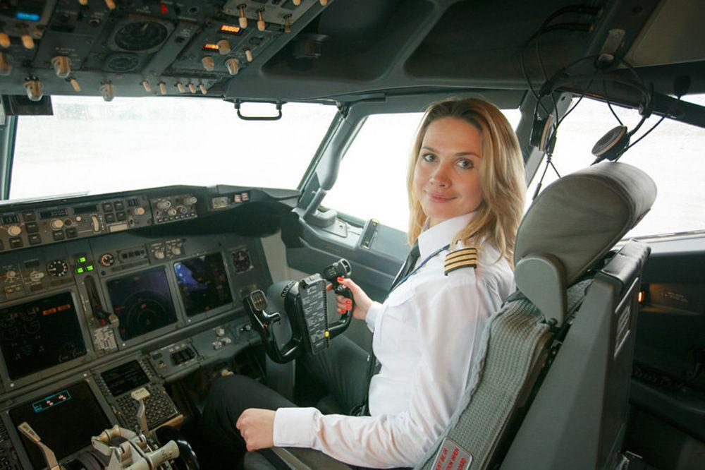 سفيتلانا يميرينكو، أول امرأة طيار في شركة بيل آفيا البيلاروسية