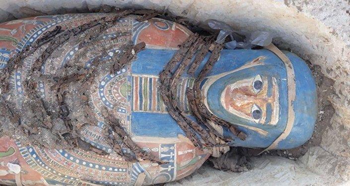 تابوت تم اكتشافه حديثا في مصر