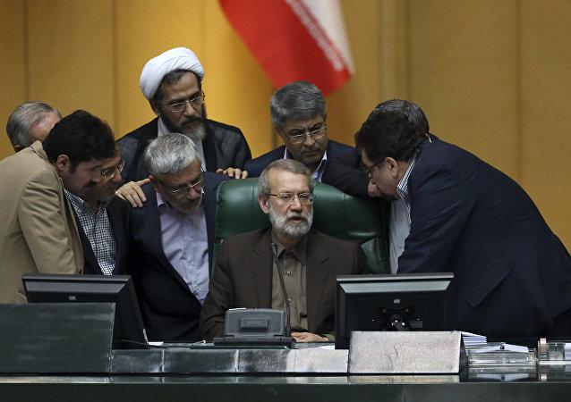 قال رئيس مجلس الشوري الإسلامي في إيران علي لاريجاني