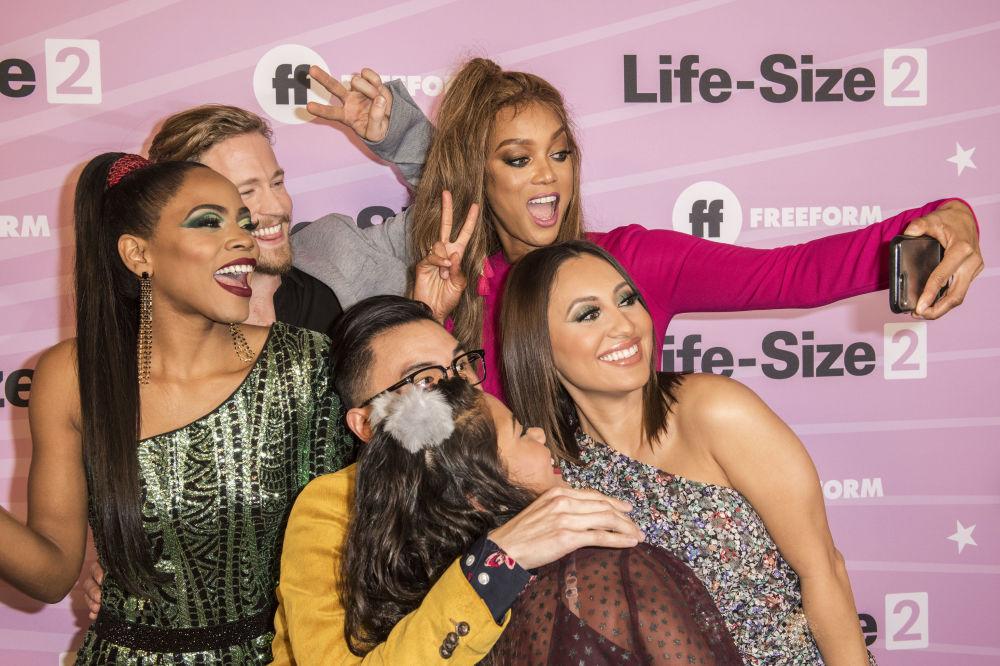 حفل للعرض الأولي لفيلم  Life-Size 2 في هوليوود، الولايت المتحدة الأمريكية