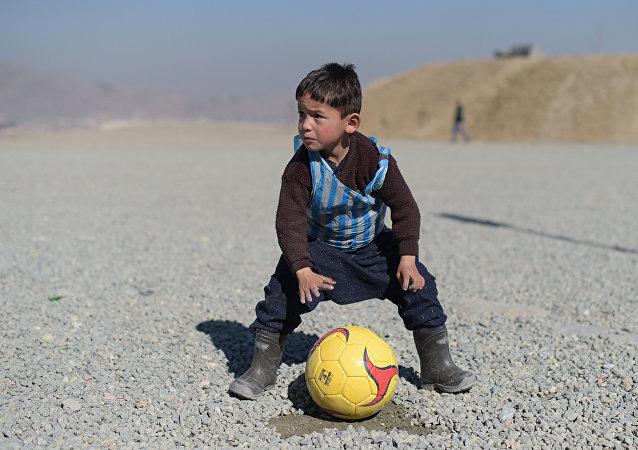 الطفل الأفغاني مرتضى أحمدي الملقب بـميسي الصغير