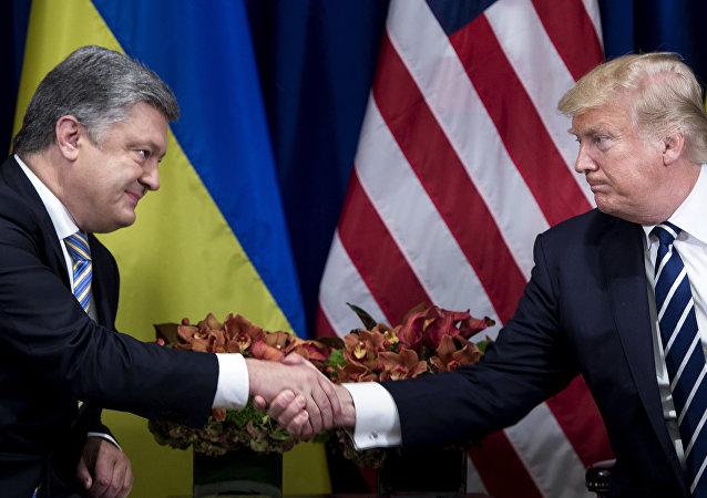 الرئيس دونالد ترامب وبيترو بوروشينكو