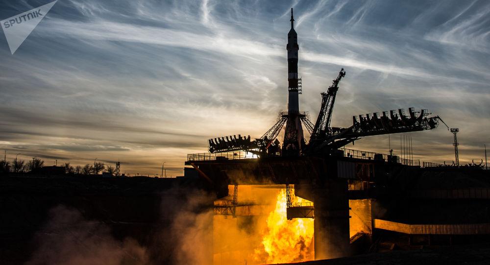 إطلاق مركبة فضائية سويوز - ف غ تابعة لـ روس كوسموس الروسية من محطة بايكونور