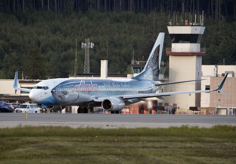 طائرة لشركة الطيران Alaska Airlines