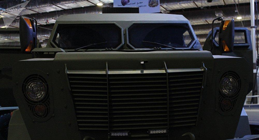 حافلة التمساح مدرعة مصرية ضخمة